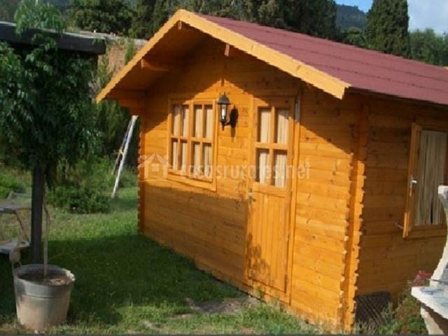 Mas sans 1 en figuerola del camp tarragona for Casitas madera jardin