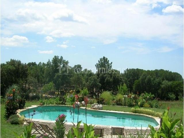 Casa mas vinyoles en sant mateu de montnegre girona for Casa rural girona piscina