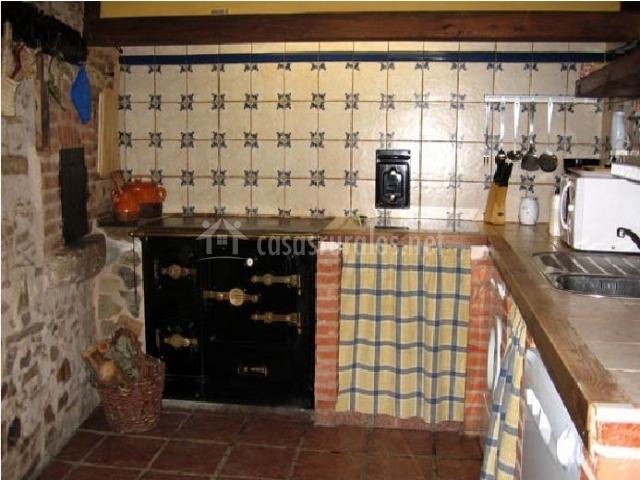 La velada casas rurales en luyego le n - Cocinas casas rurales ...