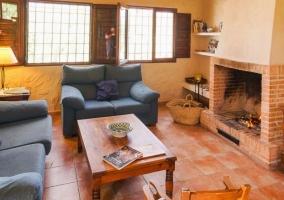 Casas de Ainás- Casa del Almendro