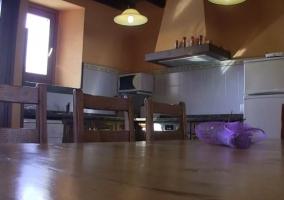 Cocina y comedor en el mismo espacio