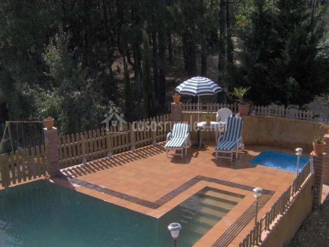 Mas la talaia en osor girona for Casa rural girona piscina