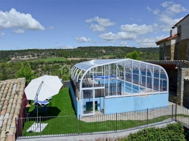 Casa el franc s en graus huesca - Casa rural con piscina cubierta ...