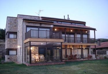 El Linar de Gredos - Hoyos Del Espino, Ávila