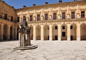 Patio del Monasterio de Uclés