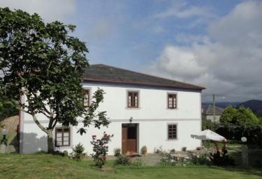 Vila Pomar - Ribadeo (Casco Urbano), Lugo