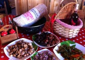 Comedor con cesta de obsequio