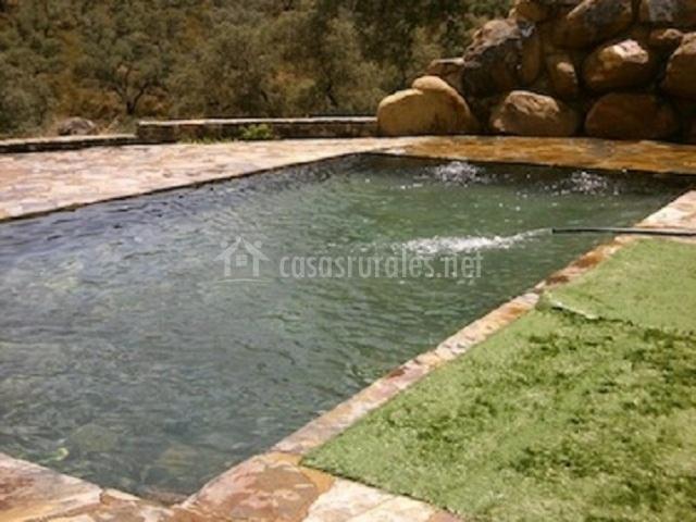 Cortijo los puntales en aroche huelva - Lucia la piedra piscina ...