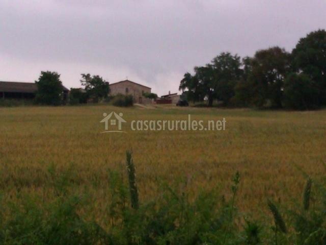 Casa Rural a lo lejos