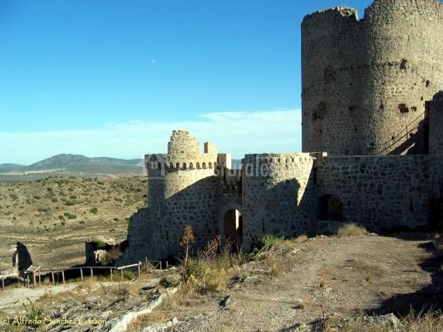 Castillo de Santa Cruz de Moya
