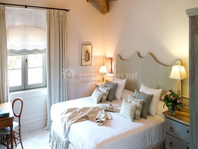 La casa de los tomillares en candeleda vila - Cojines cama matrimonio ...