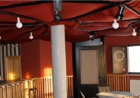Bar con forma de cabaña