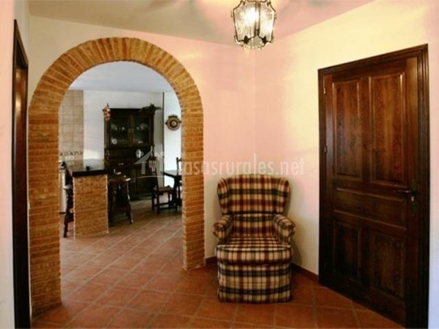 Casa rural refugio la covatilla i en la hoya salamanca - Maderas para arcos ...