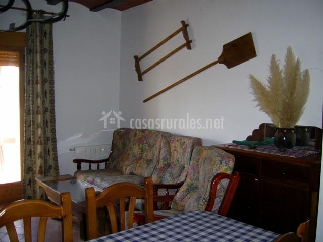 Pantanero i en caravaca de la cruz murcia for Sala de estar y comedor