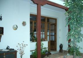 Entrada desde patio interior