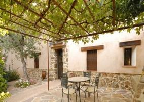 Exterior con mobiliario de terraza