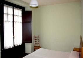 Dormitorio luminoso para 2
