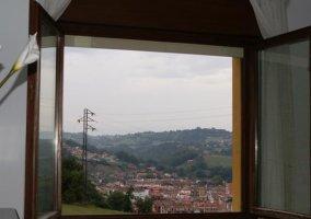 Vista de Cangas desde la ventana del salón
