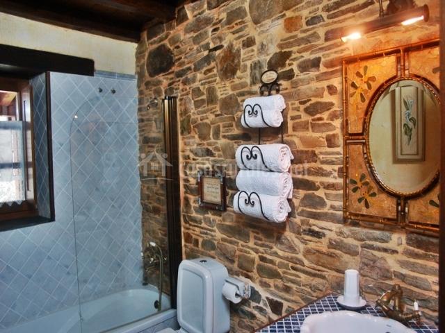 A carboira casas da lexa en taramundi asturias - Baneras de piedra ...