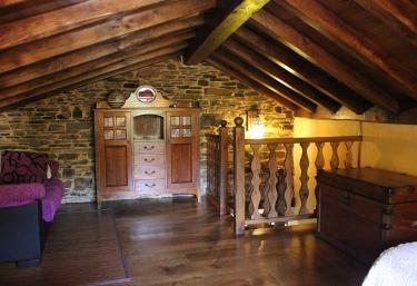 A Carboira - Casas da Lexa - Taramundi, Asturias