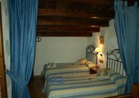 Dormitorio doble en la buhardilla