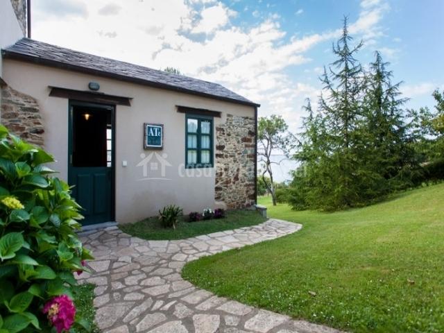 Apartamentos rurales el cercado en castropol asturias - Casas rurales en asturias para 4 personas ...