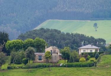 Rurales El Cercado - Castropol, Asturias