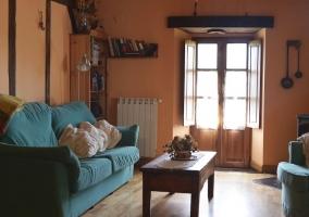 Cálida sala de estar