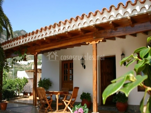 Villa elena en valsequillo telde gran canaria - Casas de madera gran canaria ...