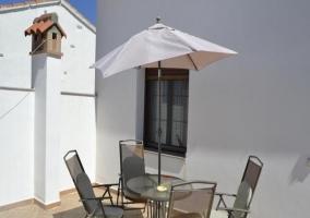 Terraza con mobiliario de exterior