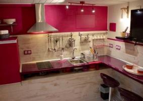 Estudio y su moderna cocina