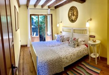 La Casa de las Chimeneas - Tudes, Cantabria