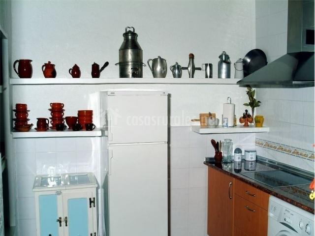 Cocina y menaje de casa rural.