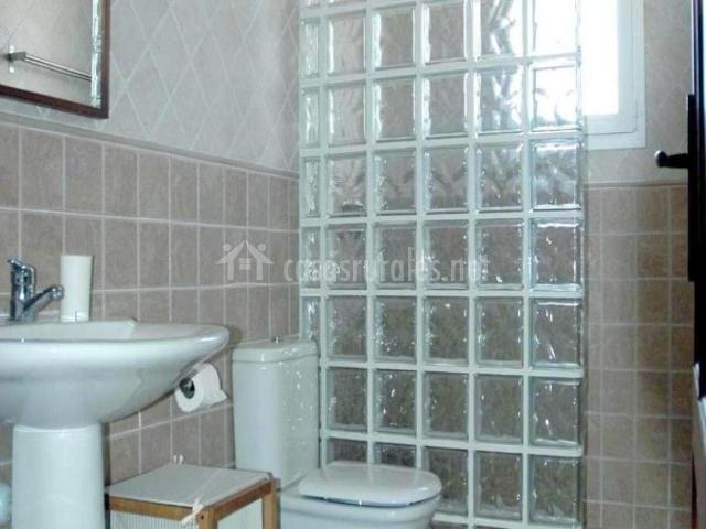 Tofollubi en llub mallorca - Inodoro y lavabo en uno ...