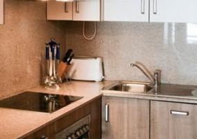 Cocina completa con lavadora y horno