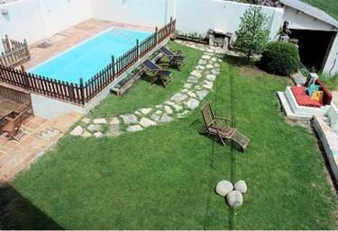4 casas rurales con piscina en sierra de urbasa for Casas rurales con encanto y piscina