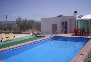 37 casas rurales m s baratas en yeste - Casas rurales con piscina baratas ...