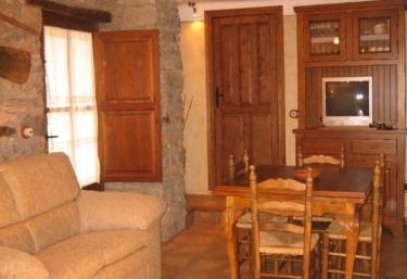 Casa L Apargatero - Morillo De Monclus, Huesca