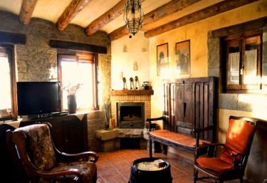 Casa Rural Pedro - Artieda, Zaragoza