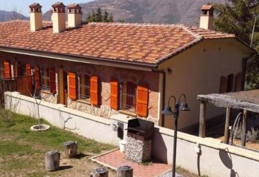 Las Casas de La Estación - Robledo De Chavela, Madrid