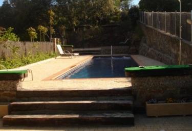 Casas rurales con piscina en sierra oeste madrid for Piscinas en la sierra de madrid