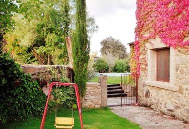 Casas rurales con piscina en badilla - Casa rural en valladolid con piscina climatizada ...
