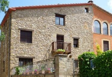Casa Mieres - Mieres, Girona