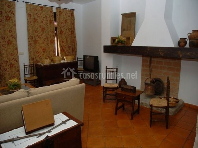 Casa rural el verdinal en villanueva del duque c rdoba - Chimeneas de barro ...