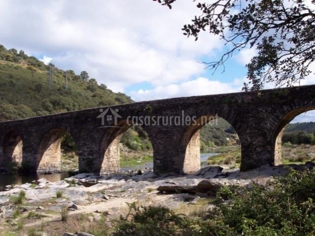 Puente Romano Matrimonio : Casa rural las pasaderas i en sotoserrano salamanca