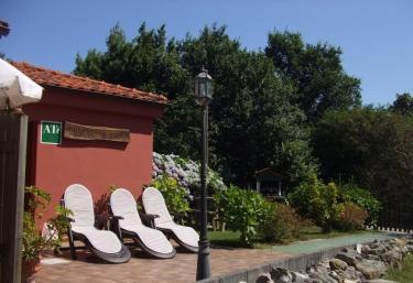 Apartamentos Rurales Llagumelón - Villahormes, Asturias