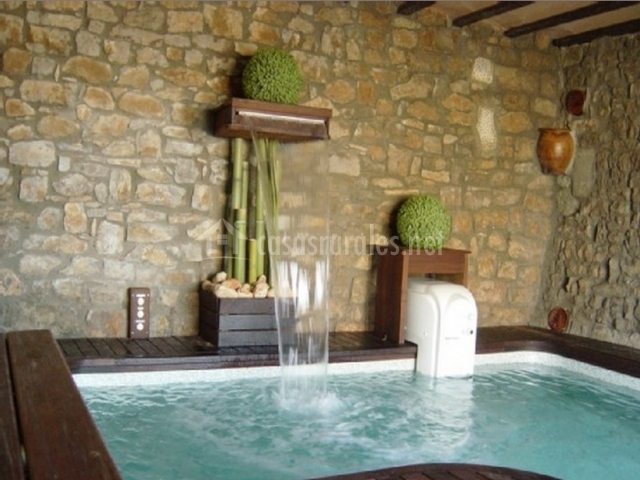 L era de cal marianet en calonge de segarra barcelona - Casa rural piscina interior ...