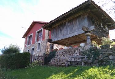 Casa La Cuesta - Sograndio (Oviedo), Asturias