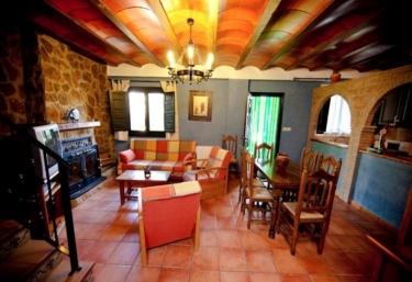 Casas Rurales Los Cerezos I - Ferez, Albacete