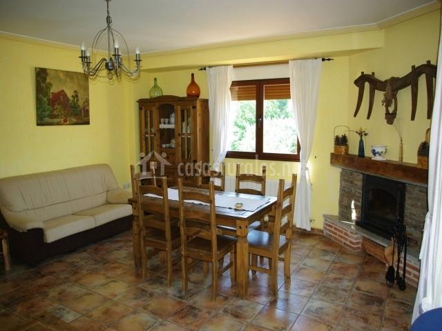 Casa rural el casillo en sotoserrano salamanca - Chimeneas en salamanca ...